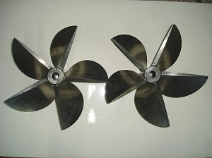 17 X 34 Mercury Racing 5 Blade CNC Propellers